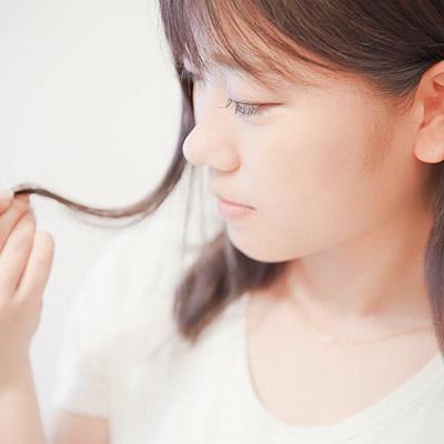 髪の毛のパサつき