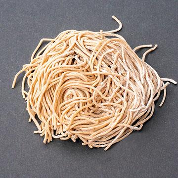 06.そば麺(多加水麺)