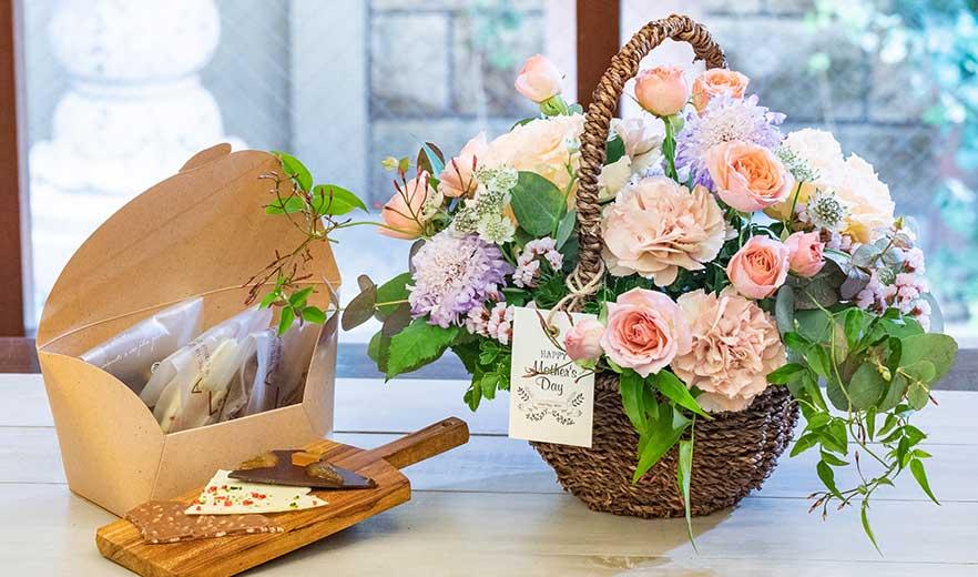 生花アレンジメントMommy(マミー)+ショコラカッセ3種 ギフトセット